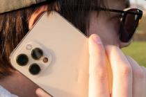 Apple推出针对iPhone12和12Pro耳机问题的服务计划